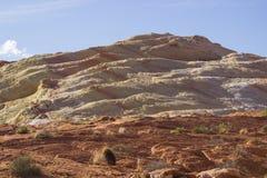 Dune de sable pétrifiée, vallée de parc d'état du feu, Nevada photos stock