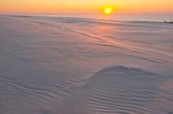 Dune di sabbia al tramonto fotografie stock libere da diritti