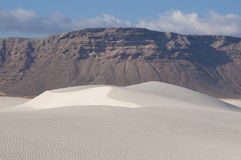 Dune di sabbia nell'isola di Socotra immagini stock libere da diritti