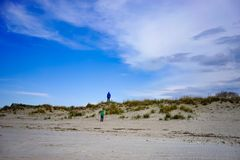 Dune di sabbia sulla riva del Mar Baltico Immagine Stock
