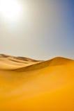 Dune nel deserto di Sahara Fotografia Stock