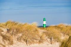 Dune sur la côte de mer baltique Photos stock