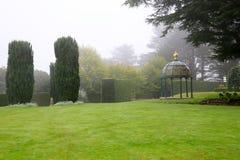 DUNEDIN, NUEVA ZELANDA - FEBR 10, 2015: jardín en el castillo de Larnach Foto de archivo