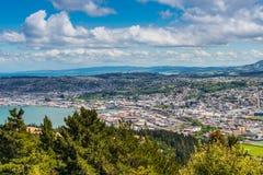 Dunedin vu de la crête de la colline de signal, Nouvelle-Zélande image stock
