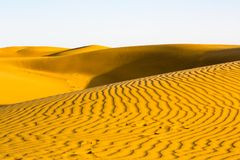 Dunes de désert de Thar au coucher du soleil photographie stock libre de droits