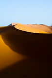Dunes de l'erg Chebbi Photos stock