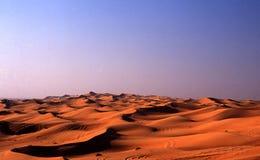 Dunes de sable à l'aube images libres de droits
