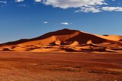 Dunes de sable dans Sahara Desert, Merzouga Images stock