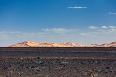 Dunes de sable dans Sahara Desert, Merzouga Photos stock