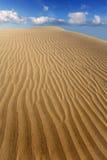 Dunes de sable de désert dans Maspalomas Gran Canaria Photos stock