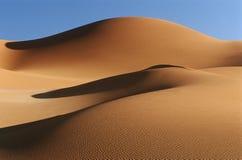 Dunes de sable de désert de la Namibie Namib Images stock