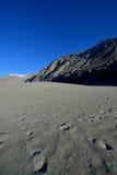 Dunes de sable en vallée de Nubra, Ladakh, Inde Photographie stock