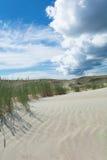 Dunes de sable et ciel bleu Images libres de droits