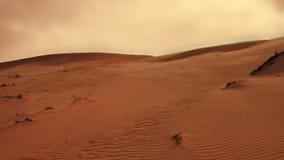 Dunes de sable venteuses en planète rouge Mars banque de vidéos