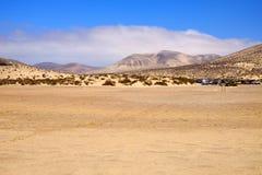 Dunes et collines de sable à Fuerteventura Image libre de droits