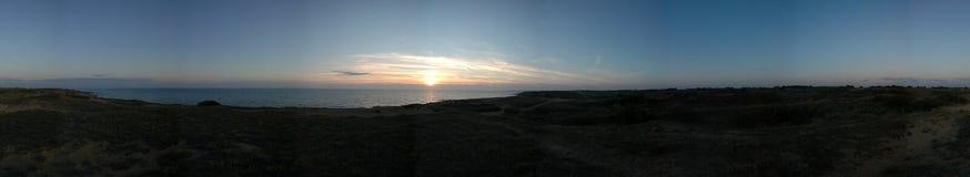Dunes et coucher du soleil Image libre de droits