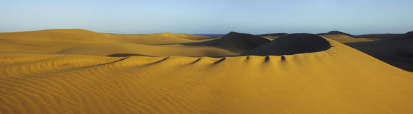 Dunes pan 1 Royalty Free Stock Images