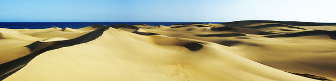 Dunes pan 2 Royalty Free Stock Photos