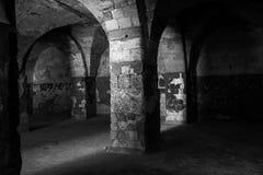 Dungeon do castelo velho imagem de stock