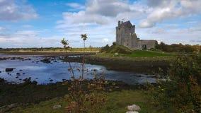 Dunguaire城堡在戈尔韦郡,爱尔兰 库存照片