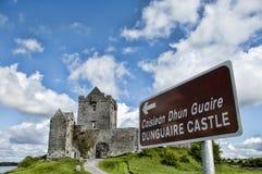 Dunguaire slott Royaltyfri Foto