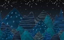 Dunkelblaue Berge in der Nacht Lizenzfreies Stockfoto