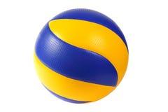 Dunkelblaue, gelbe Volleyballkugel Stockfotos