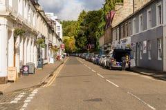 Dunkeld和它的大街古镇在秋天家 库存图片