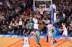 Dunking dei New York Knicks Immagini Stock Libere da Diritti