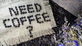 Dunkle gebratene Kaffeebohnen Lizenzfreies Stockbild