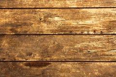 Dunkle natürliche hölzerne Planke Stockfotos