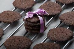 Dunkle Schokoladenkekse Lizenzfreie Stockfotografie