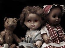Dunkle Serie - gespenstische Puppe der Weinlese Stockfoto