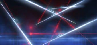 Dunkle Stra?e, Reflexion des Neonlichtes auf nass Asphalt Strahlen hellen und roten Laserlichts in der Dunkelheit lizenzfreie stockfotografie