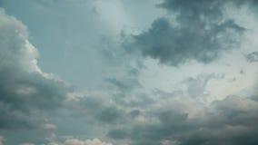 Dunkle Wolken stock footage