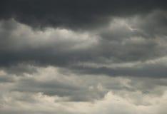 Dunkle Wolken Stockbild