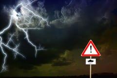 Dunkle Wolken Blitz Lizenzfreie Stockfotografie