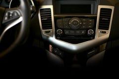 Dunkler Auto-Armaturenbrett lizenzfreie stockfotografie