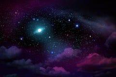 Dunkler nächtlicher Himmel mit vielen Sternen und Vollmond lizenzfreie abbildung
