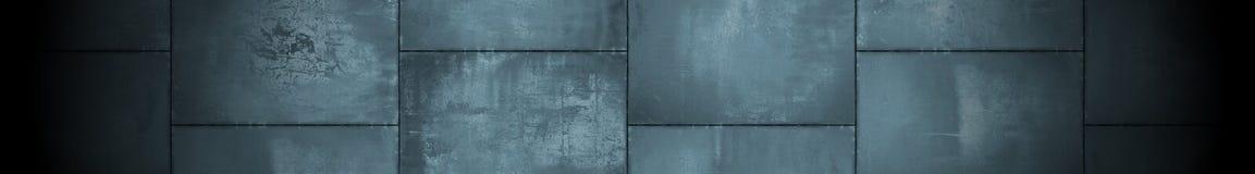 Dunkler panoramischer Metallhintergrund mit Scheinwerfer (Briefkasten Format) Lizenzfreie Stockbilder