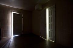 Dunkler Raum Stockfoto Bild Von Hoffnung Getrennt Ausgang 9308674