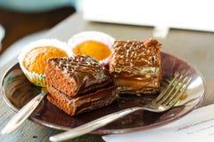 Dunkler Schokoladenkuchen Stockbilder
