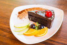 Dunkler Schokoladenkuchen Lizenzfreies Stockfoto