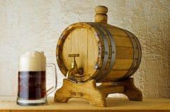 Dunkles Bier Lizenzfreies Stockfoto
