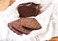 Dunkles Brot Lizenzfreies Stockbild