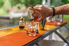 Dunkles und st?rmisches Cocktail stockfotos