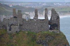 Dunluce Schloss-Ruinen Stockfoto