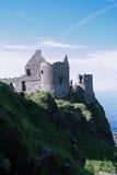 Dunluce Schloss-Ruinen Lizenzfreies Stockfoto