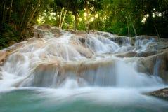 dunn faller flod s Arkivfoton
