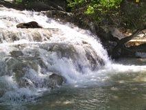 dunn faller flod s Arkivbilder